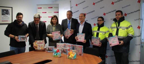'Ilusión Colectiva Los Reyes Magos Tv' y Cruz Roja reparten magia y juguetes entre los niños más necesitados